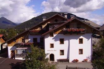 Schuster-Hof